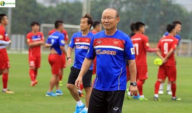 Thầy Park tự tin đánh bại tuyển Thái Lan