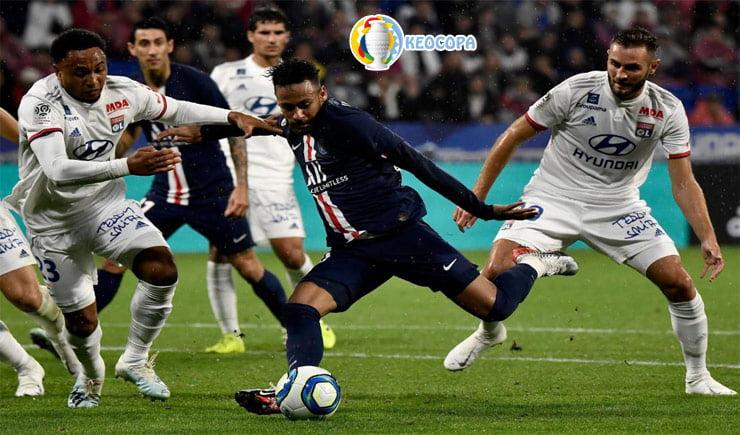 Soi kèo tỷ số bóng đá PSG vs Lyon